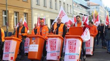 Demonstration gegen Freihandelsabkommen