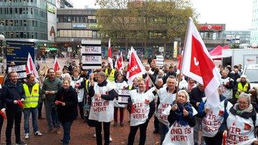 120 Beschäftigte der Sparda-Bank Hamburg und Kiel im Streik